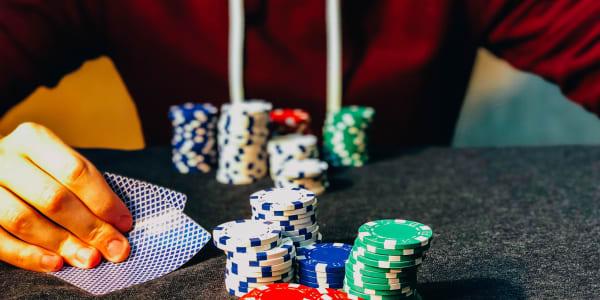 Wie man Deep Stacks beim Poker überlebt